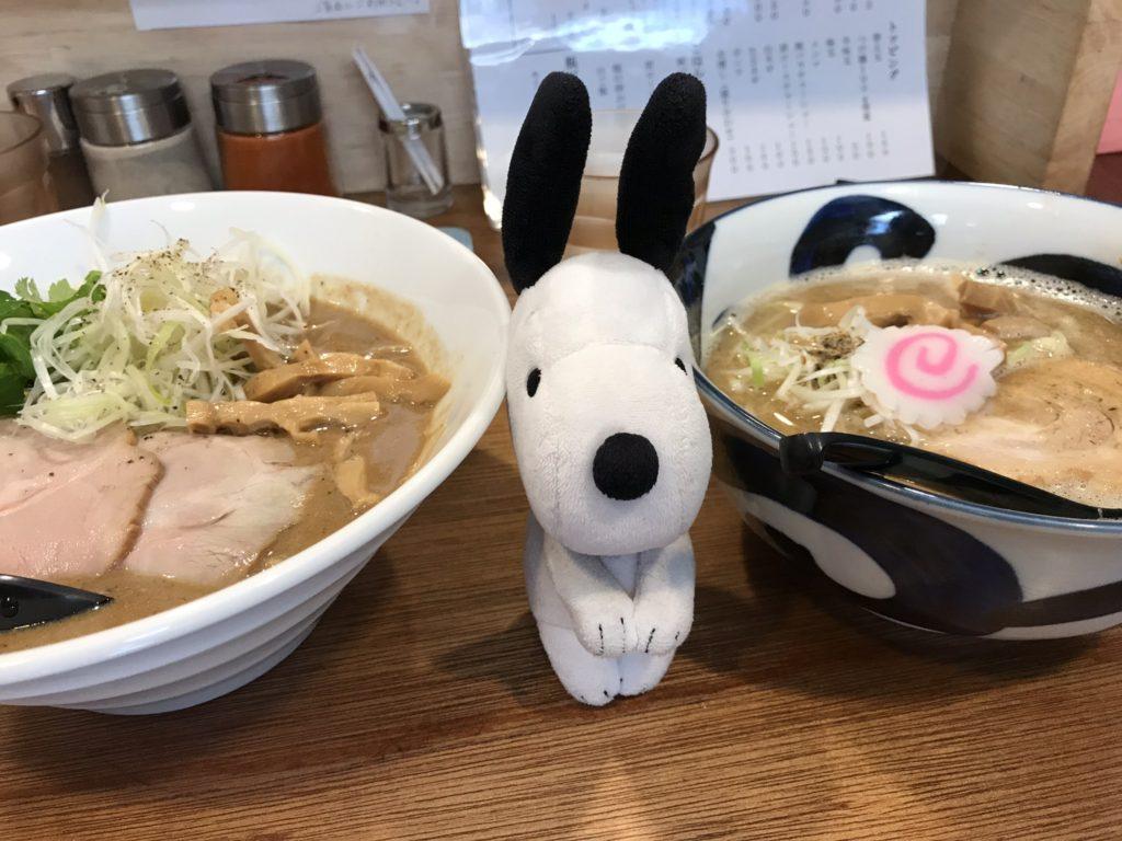 鶏重厚らーめん(850円)飛出汁らーめん(700円)